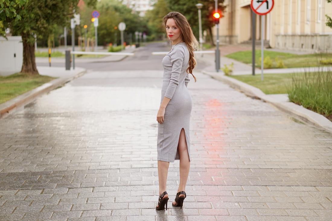 Simple dress & Necklace
