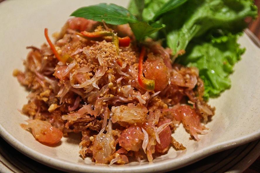 Thai Pomelo Salad (Yam Som-O) Recipe — Dishmaps