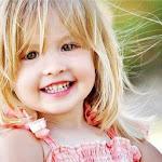 """""""Felicidade é quando a boca é pequena demais pro tamanho do sorriso que tua alma quer dar."""