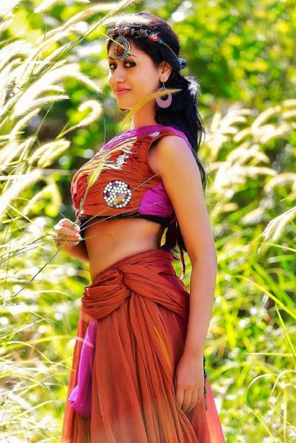 Stunning Maria John Images