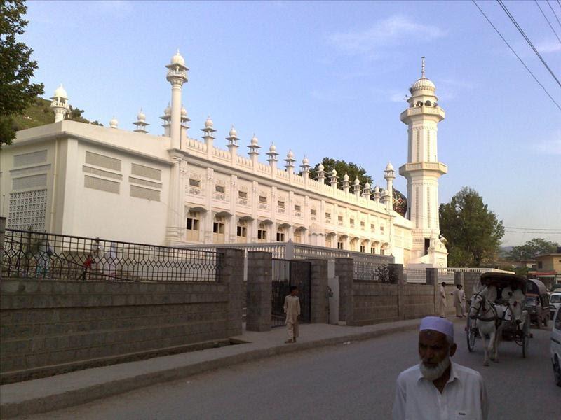Photo - Abbottabad, Ilyasi Mosque, Pakistan by Rashid