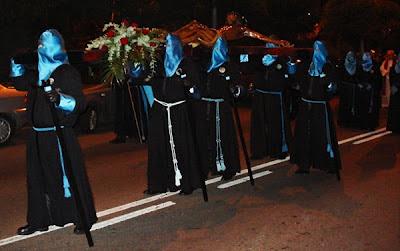Vía crucis de la cofradía la cofradía Cristo de las Bienaventuranzas. León. Foto G. Márquez.