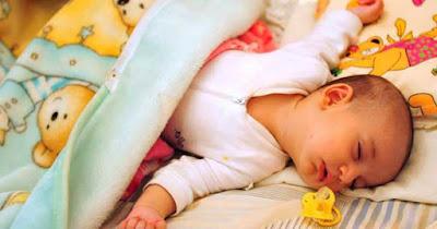 Segera cari solusinya jika bayi Anda ngorok