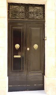 Puertas típicas maltesas.