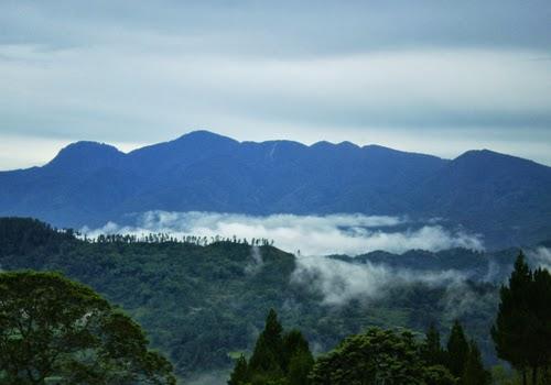 Objek Wisata Gunung Mad di Kabupaten Poso