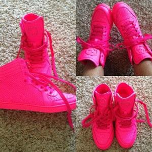 Shoe Spotlight The Gucci Coda Neon Leather Hi top #0: coda15