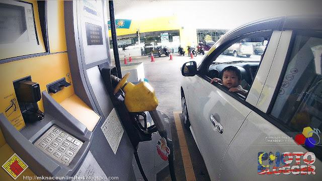 Fiqri @Petronas Petrol Pump