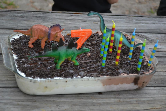 Dinosaur ice cream cake