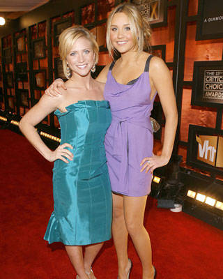 Brittany Snow and Amanda Bynes at the Critics' Choice Awards