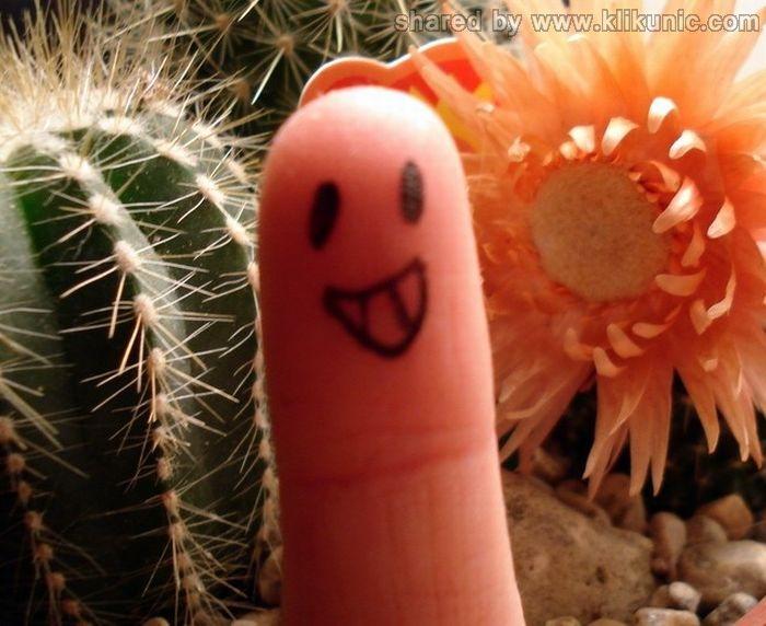 http://4.bp.blogspot.com/-PnAdNCinE6c/TX2we2DtvwI/AAAAAAAARUo/vJudUl8G5ns/s1600/finger_12.jpg