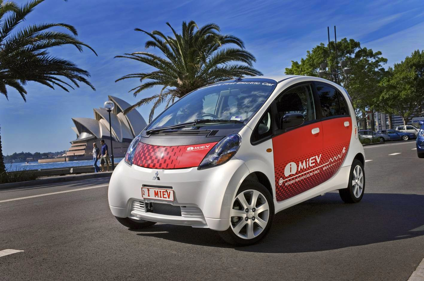 Mitsubishi Motors Cuts Imiev Price By Up To 9 100 In
