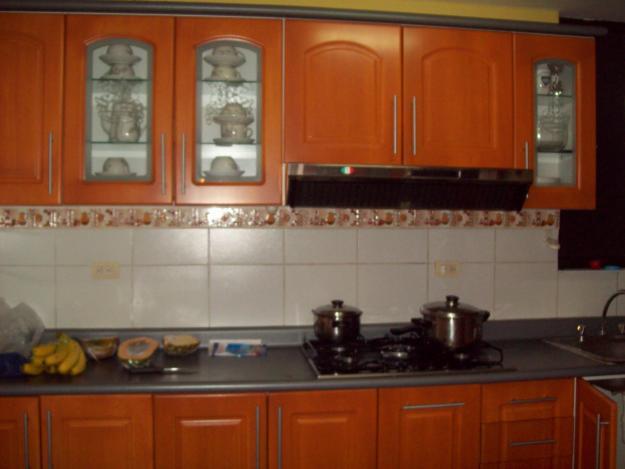 Repostero para cocina con madera imagui for Reposteros de cocina