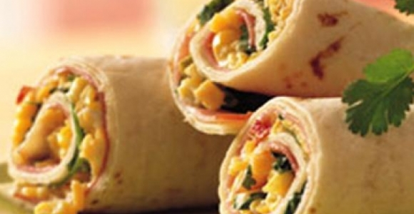 Warm tortilla rolls with vegetables