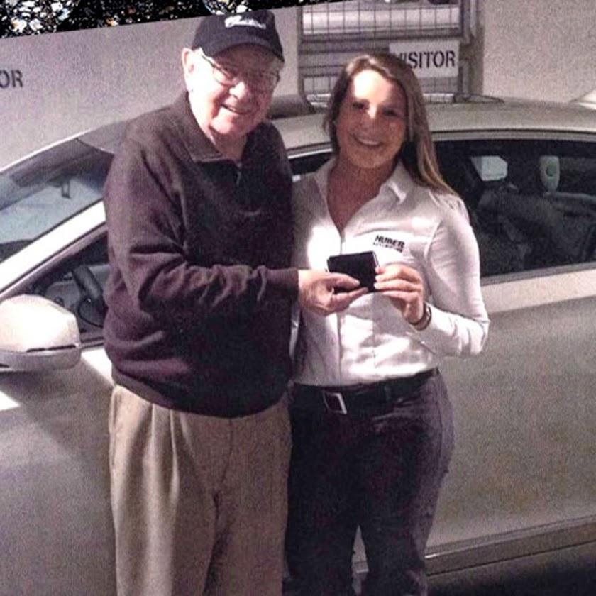 Warren Buffett Blog: Warren Buffett sells his old car for 20 times ...
