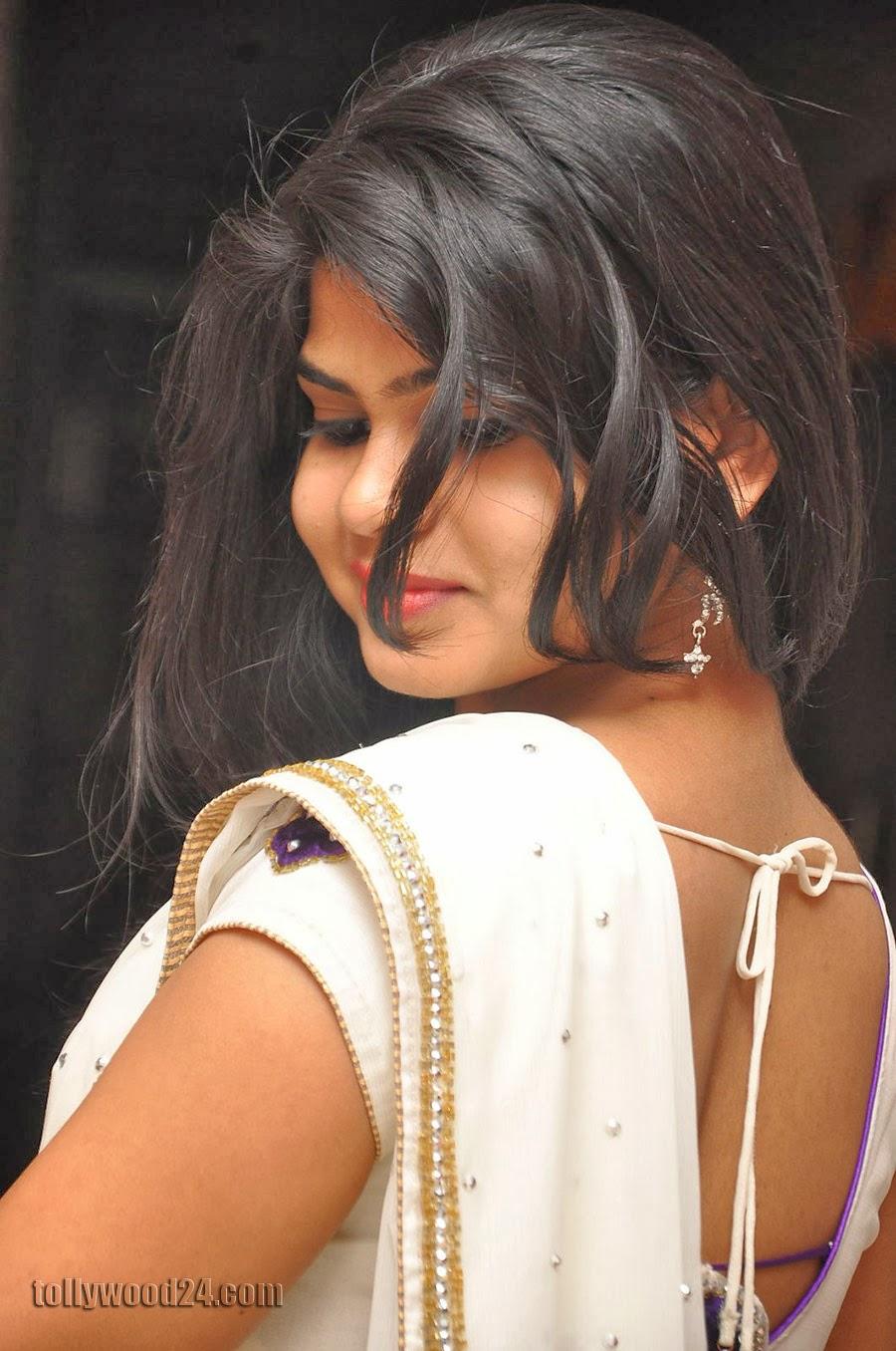 Alekhya Latest Photos in Saree at Donga Prema Audio-HQ-Photo-18