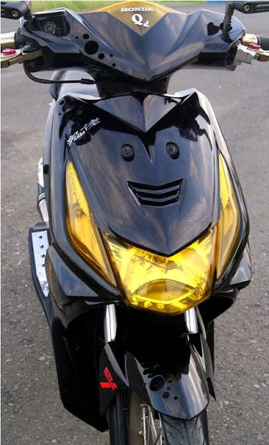Gambar Modifikasi Motor Honda Beat Hitam Depan