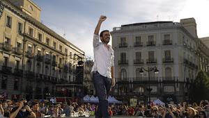 """Alberto Garzón: """"No sólo hay que echarlos, sino construir un mundo más solidario y un nuevo país"""""""