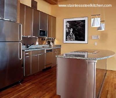 Arquitectura de Casas: Cocina completa en acero inoxidable.