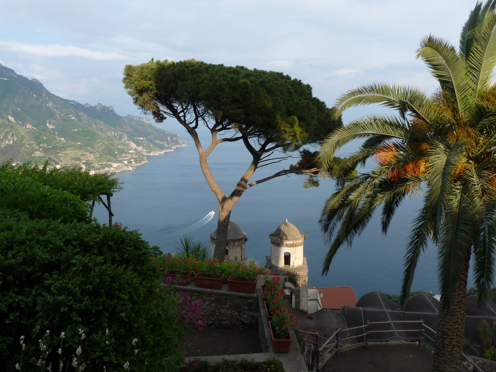 Praticamente um local ravello for Jardin villa rufolo