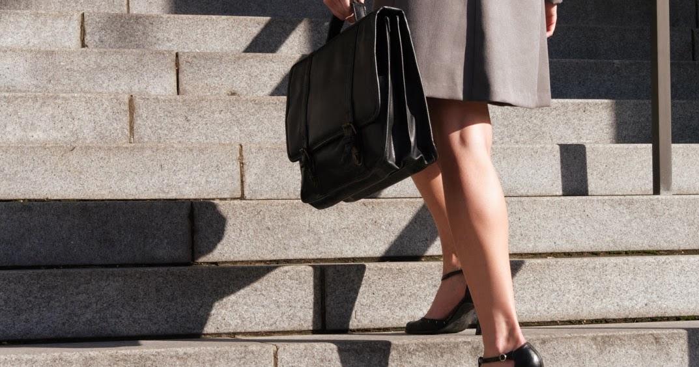Uk Ladies Fashion Blog Job Stopping Fashion