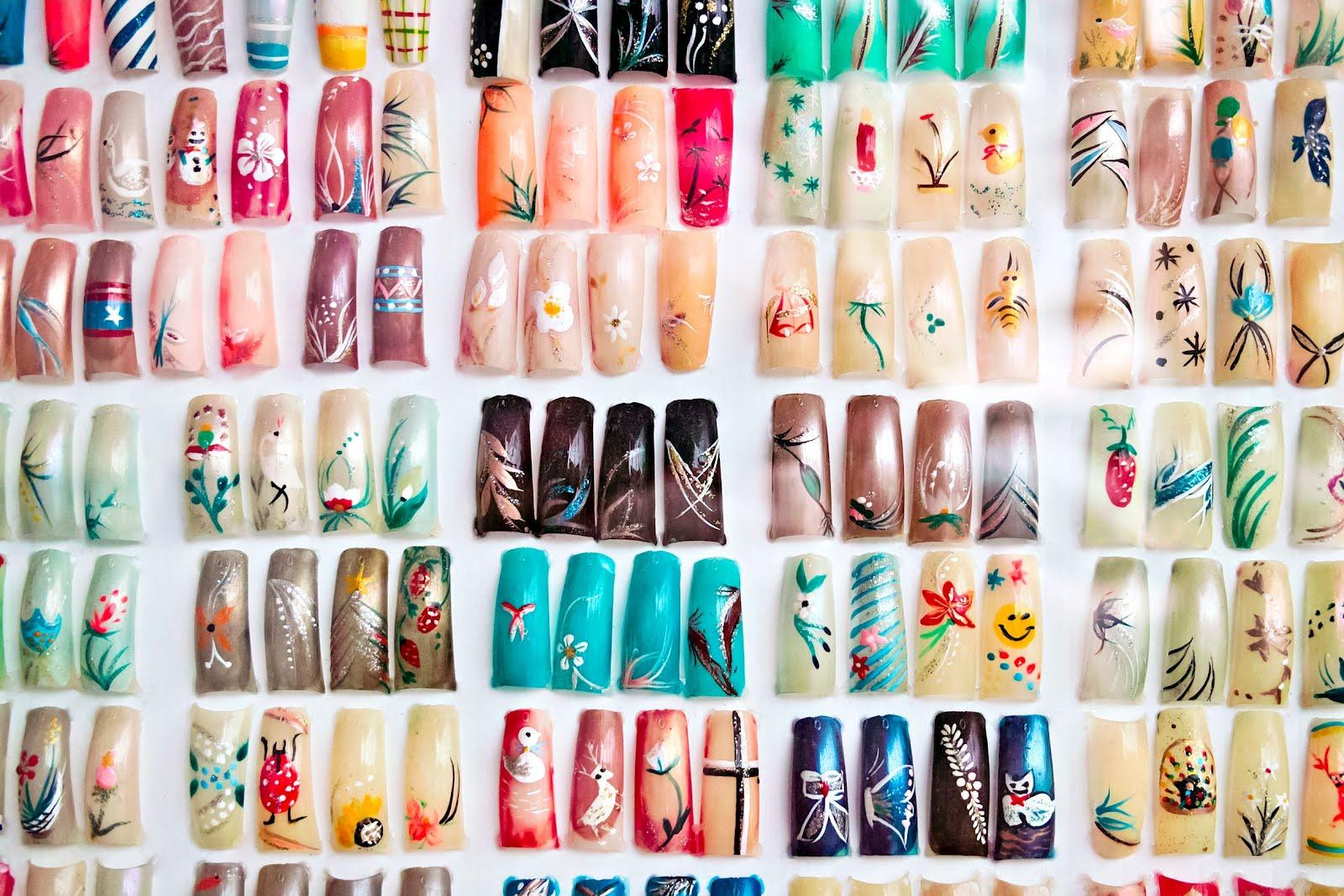 ... en uñas de acrílico - Memorias de la vanidad - Mujeres lindas