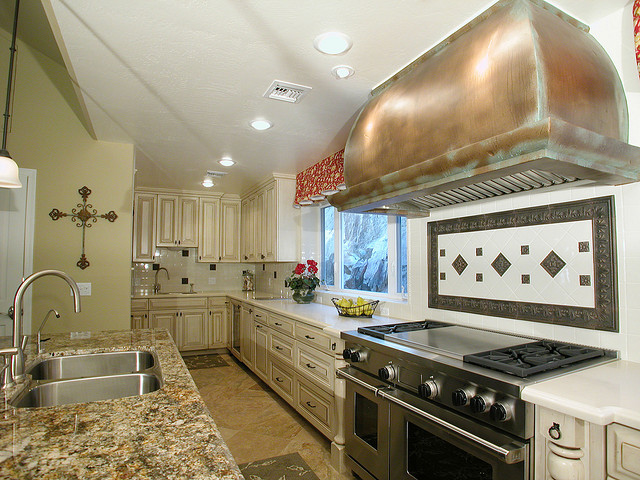 natural stone source the contrasting kitchen island 1000 ideas about pottery barn kitchen on pinterest