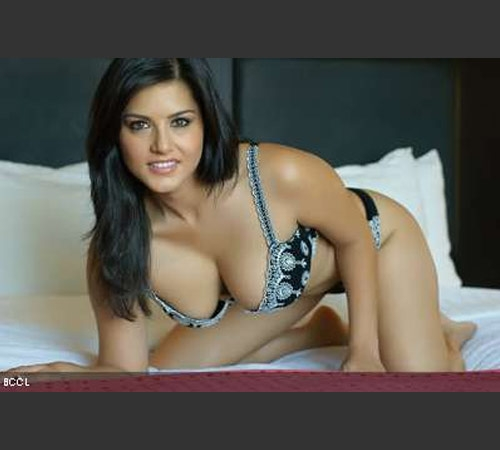 Sunny Leone bikini photos