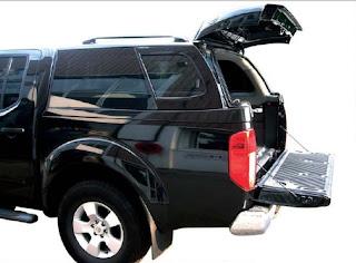 garage georges hard top acier volkswagen amarok dbl cab 2010 avec vitres noires. Black Bedroom Furniture Sets. Home Design Ideas