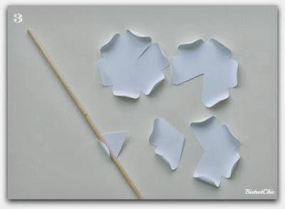 Paper flower tutorial from BistrotChic
