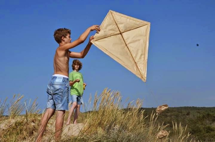 The Kite, Lasse Nielsen