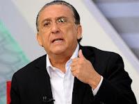 Galvão Bueno se distrai, não narra gol do Brasil e vira piada na internet. [VÍDEO]