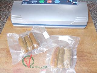 Para conservar las salchichas las envaso al vacío.