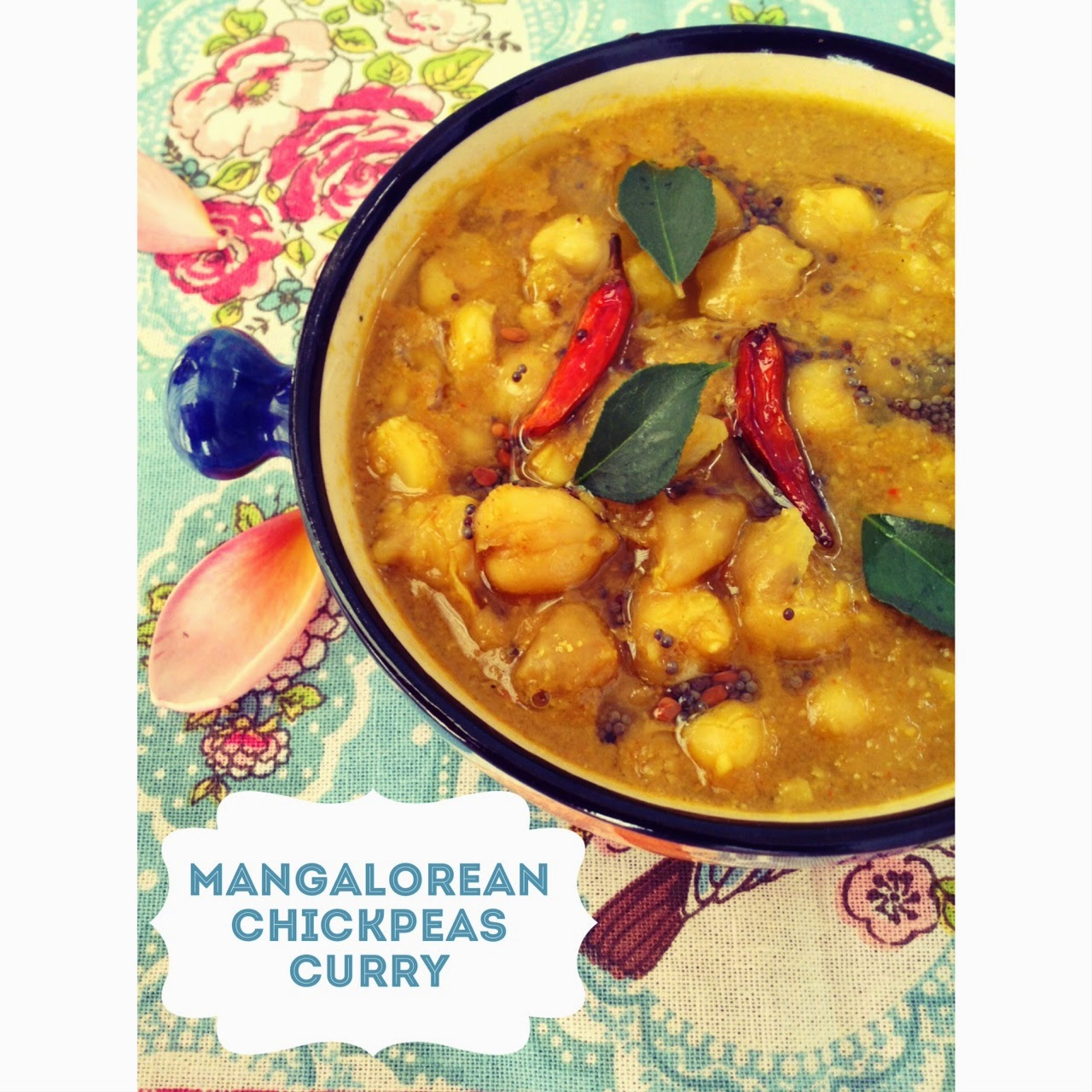 Mangalorean Chana Gassi / Ghassi – South Indian Chickpeas Curry