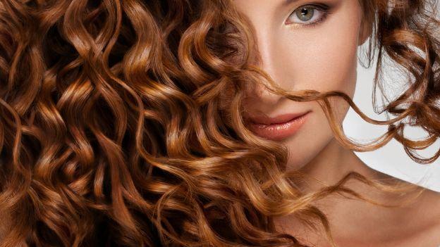 gel ai semi di lino fai da te, proprietà dei semi di lino, impacco per capelli, capelli ricci