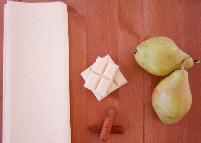 Αχλαδοπιτάκια με σφολιάτα και λευκή σοκολάτα Υλικά
