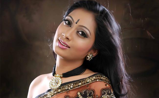 Udayatara  South Spicy Actress Latest HD Wallpaper Stills hot photos