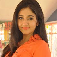 sexy hot glamorous Poonam bajwa latest gorgeous photos gallery