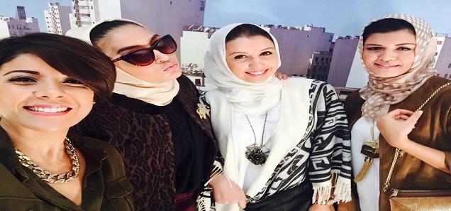 3 أفعال حرام يقوم بها النساء، و 90% منهم يعرفن أنها حرام...علموها لبناتكم