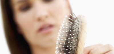 Cara Mengatasi Rambut Rontok Parah Secara Alami