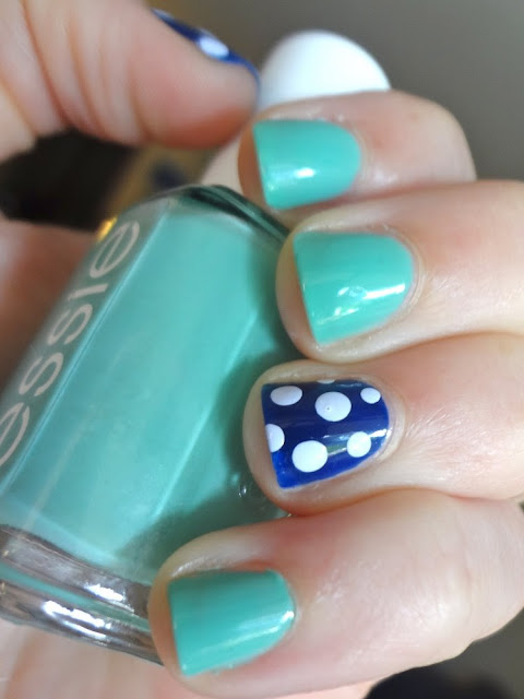 navy polka dot accent nail