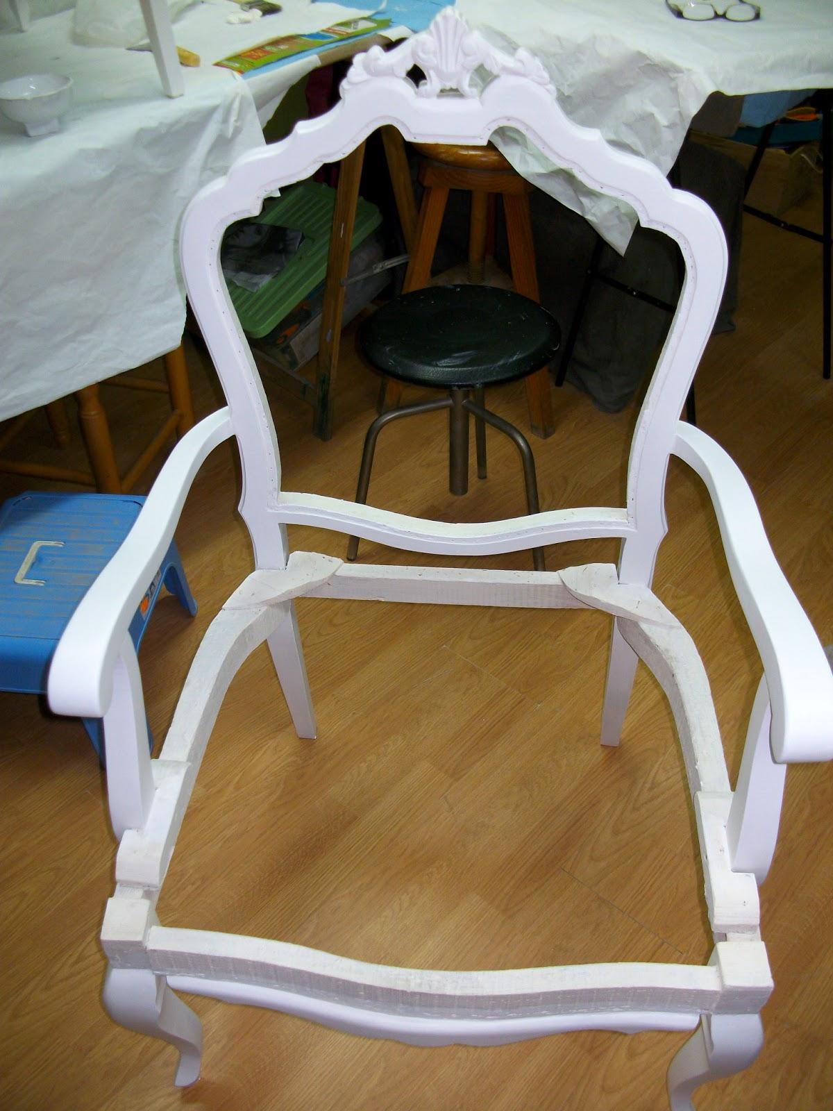 Restauraci n el palisandro tapizado de un sill n - Como tapizar una descalzadora ...