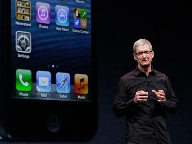 Tim Cook hoàn toàn tự tin với kích thước màn hình iPhone 5 là chuẩn mực