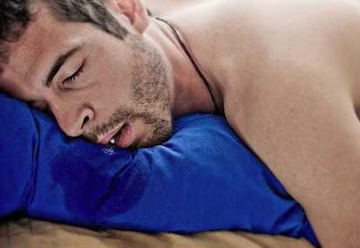 Selalu Ngiler Saat Tidur? Ini Dia Penyebabnya