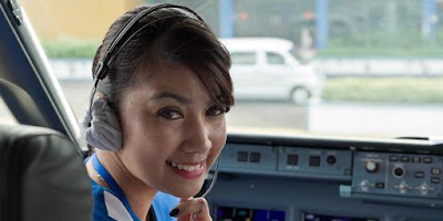Foto-Foto Penumpang Sukhoi Superjet 100 (Sebelum Terbang)