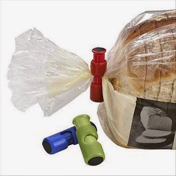 17. Bread Pouch Closer