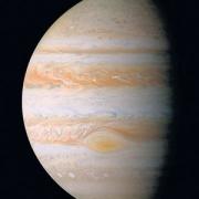 Giove potrebbe non essere il più grande pianeta del Sistema Solare