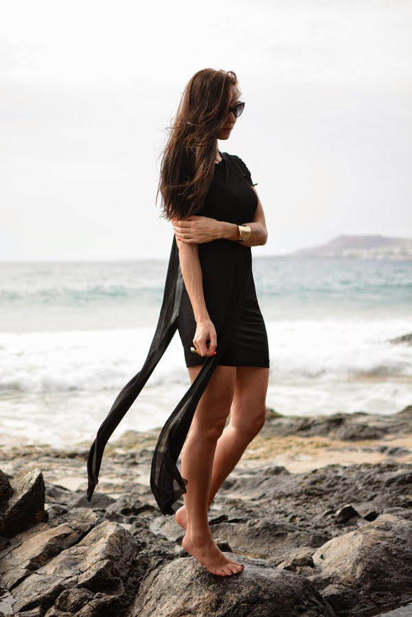 Lu00b4amour De Juliette - Fashion Blog Beauty Tips Style Magazine Outfit - Black Beach Dress