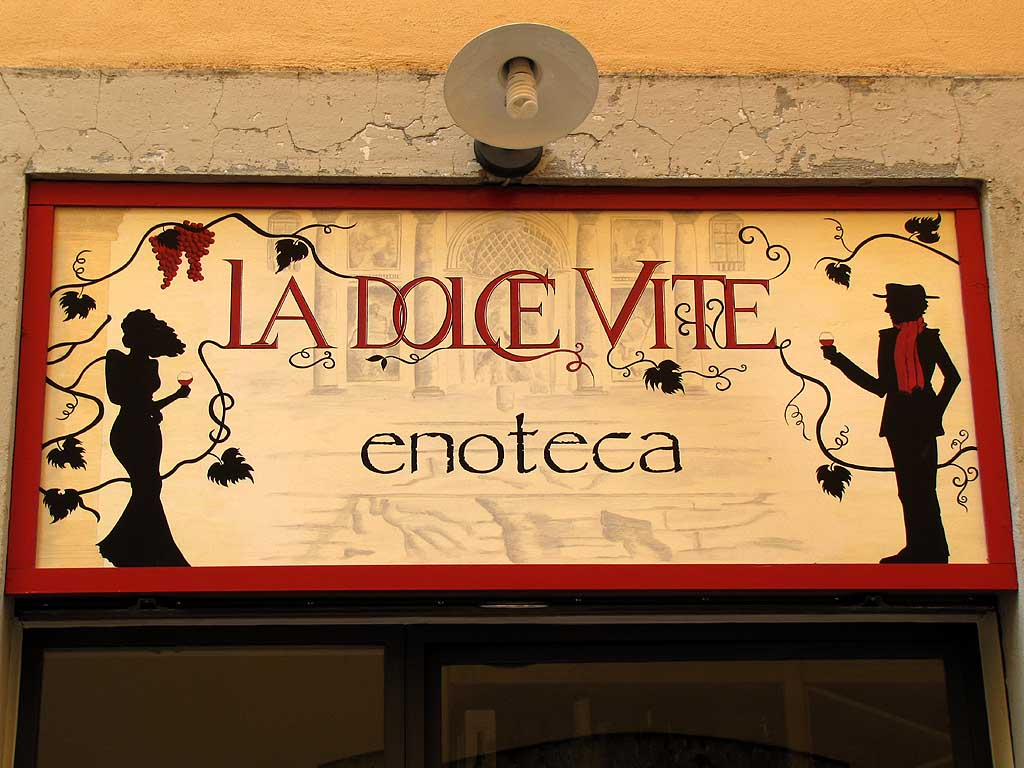 La Dolce Vite (The Sweet Grapevine), Pisa