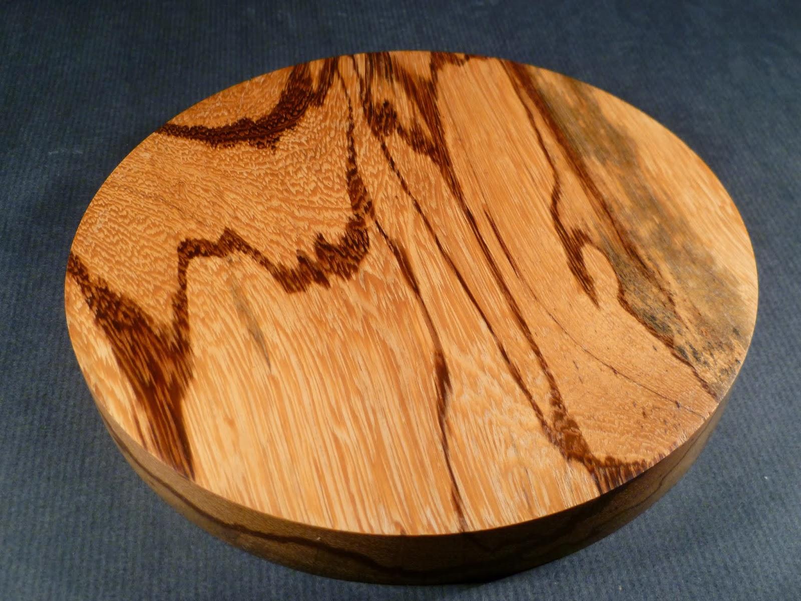 atelier du bois tourn woodturning design une nouvelle cr ation en bois de guyane bois de. Black Bedroom Furniture Sets. Home Design Ideas