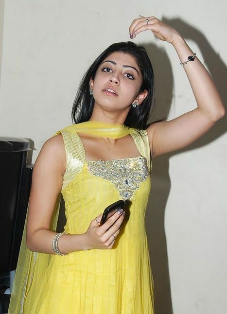 Praneetha Latest Pictures Photoshoot images